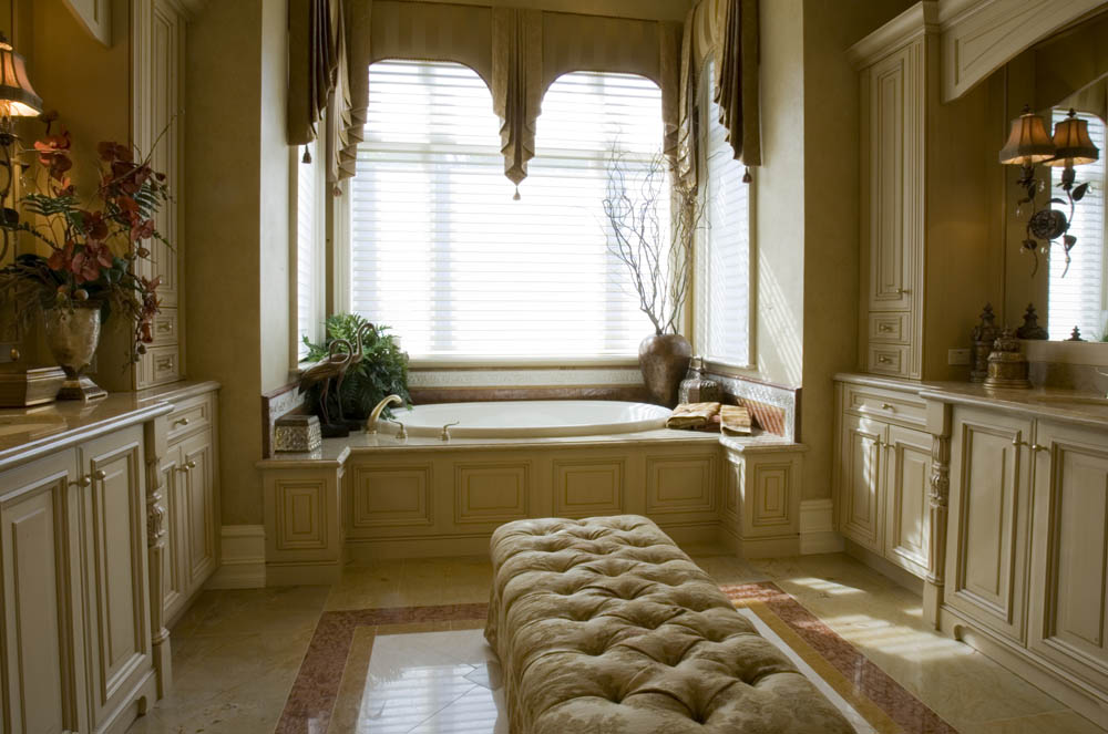 Masterbath elegant window treatment interior design Elegant window treatment ideas