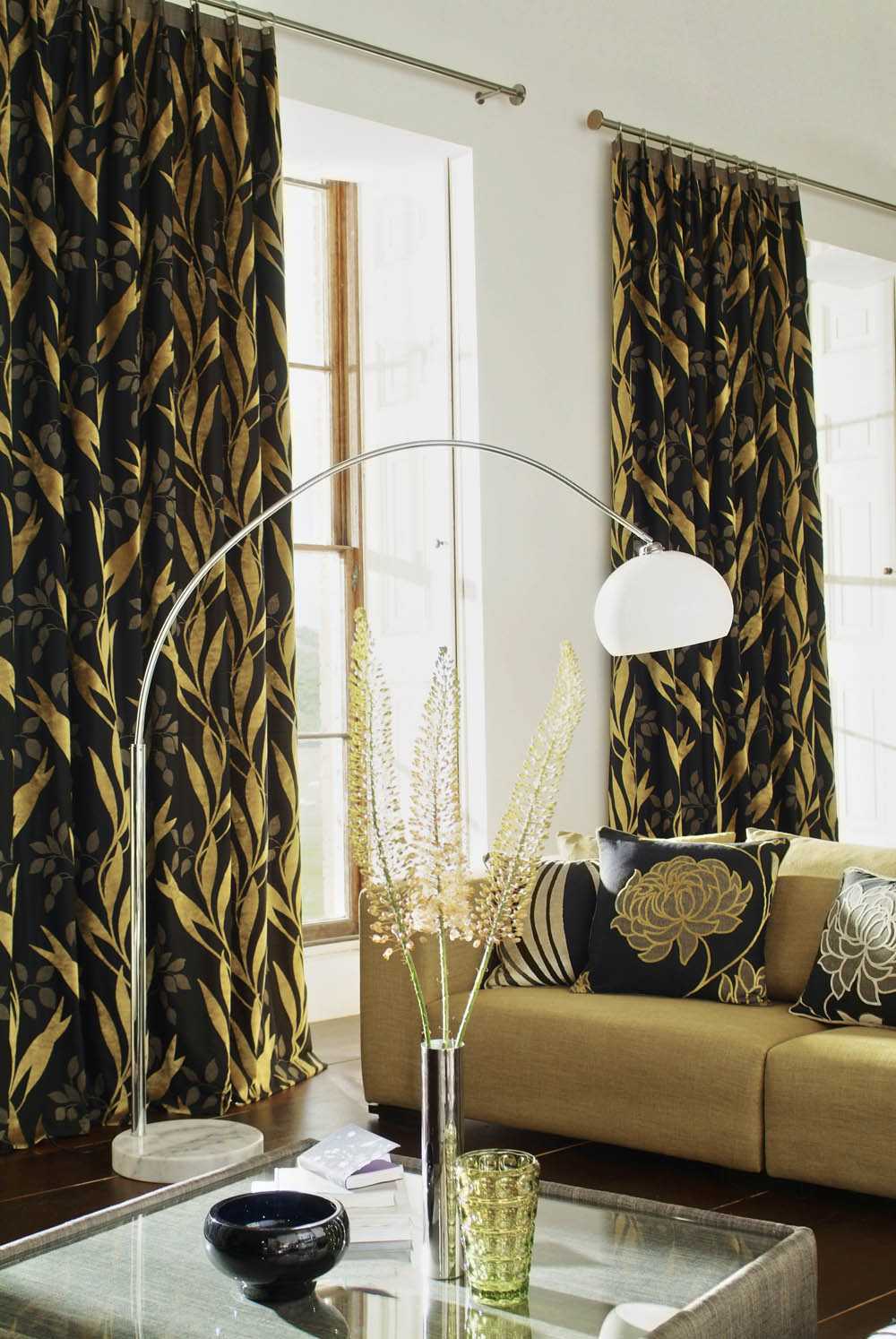 Bold and beatuiful drapery fabric interior design for Interior decorator window treatments