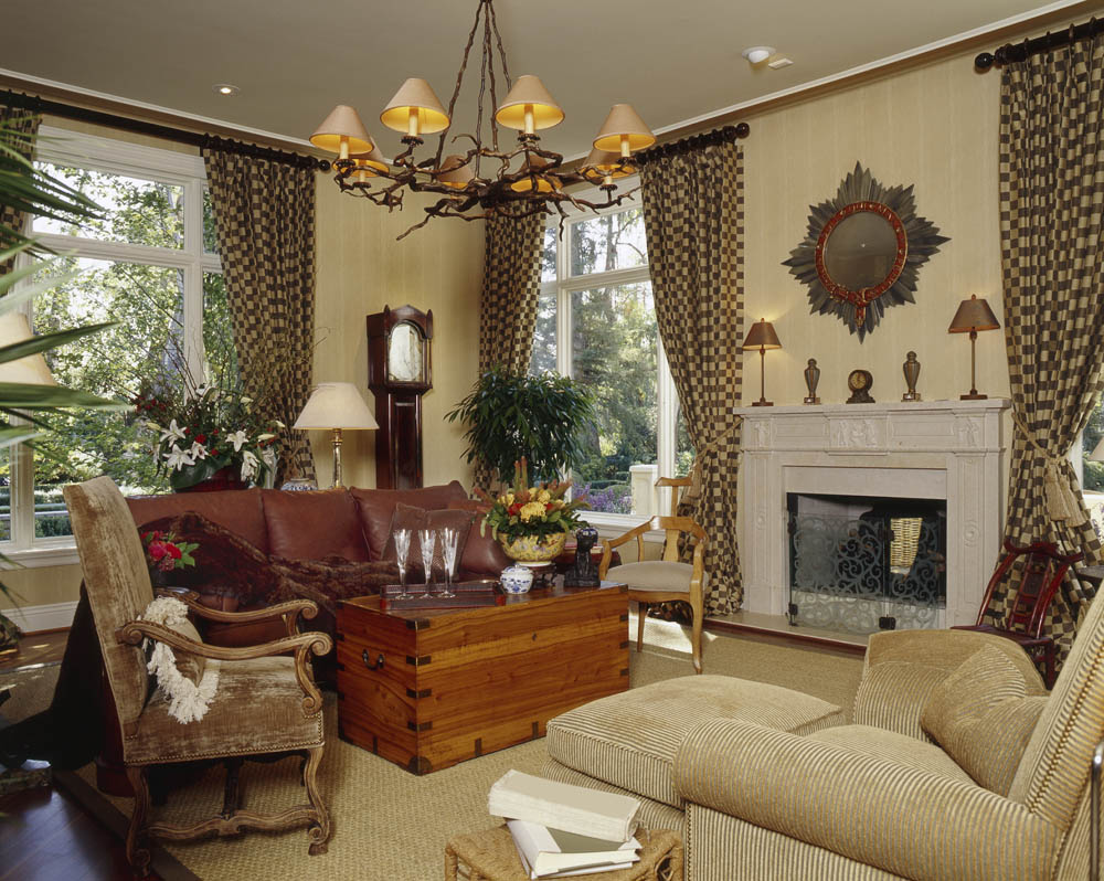 Custom Family Room Draperies And Interior Design