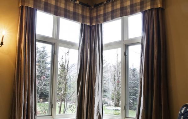 masculine window treatments corner windows with masculine window treatment interior design window treatments curtain call creations